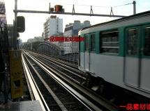 火车出站的高清实拍视频素材1080P